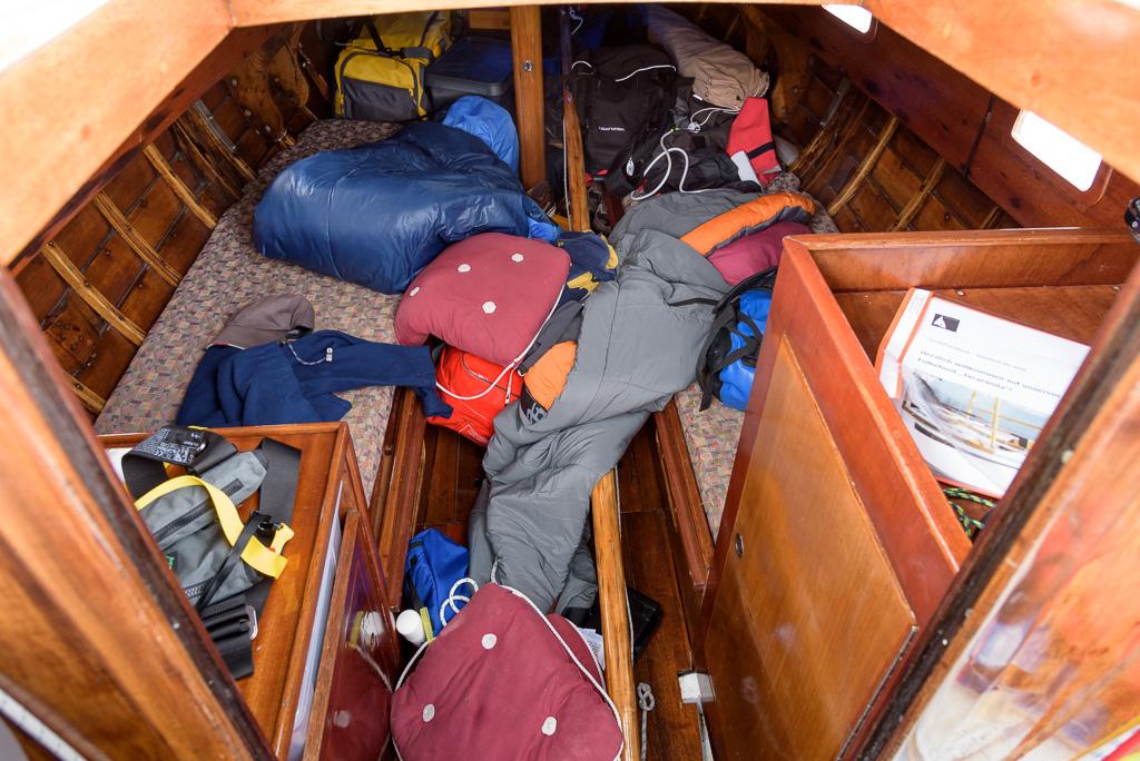 Skippertraining bei heftigem Wind: keine Zeit für Fotos, aber durch Schräglage Chaos im Boot